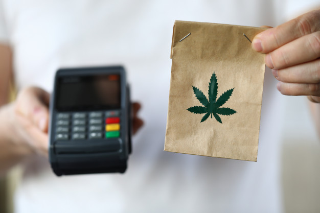 How to Buy Cannabis Safely During The COVID-19 Crisis?